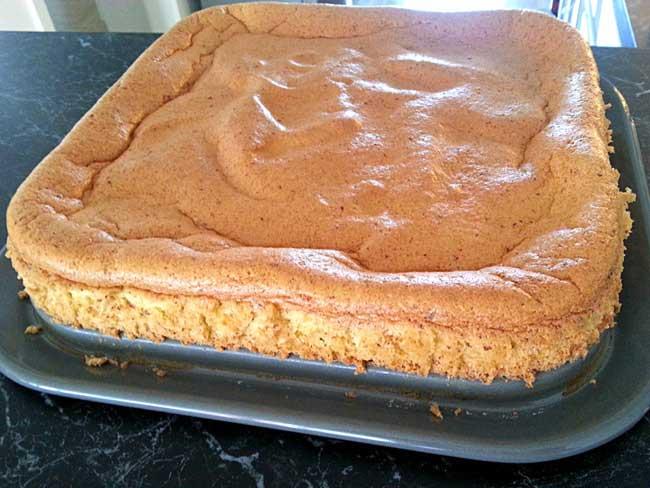 Biskvit za torto brez moke in sladkorja