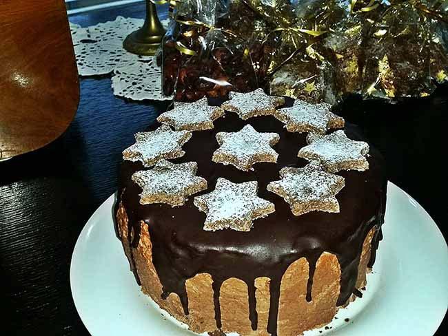 Bogata čokoladna torta