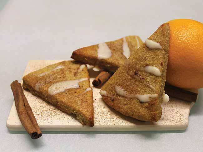 Pomarančno-cimetovi trikotniki