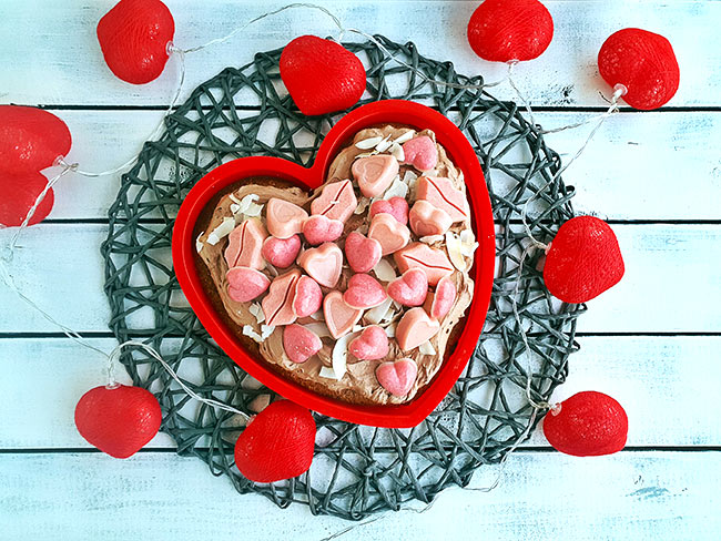Valentinova tortica s pralineji